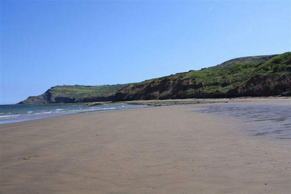 The beach south of Stoop Beck